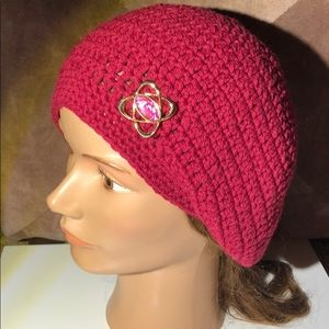 Lady's slouchy hat maroon color handmade